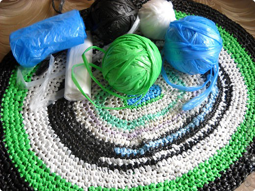 Как сделать из мусорных пакетов пряжу