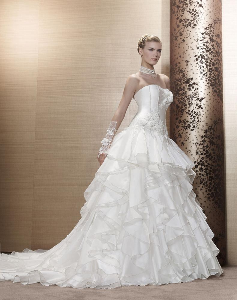 свадебное платье с рюшами 1