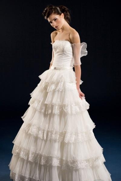 Свадебное платье в испанском стиле 2