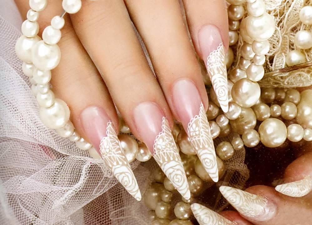 Свадебные рисунки на ногтях френч 24