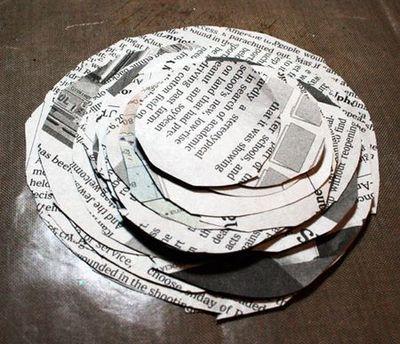 Цветы из газеты своими руками фото
