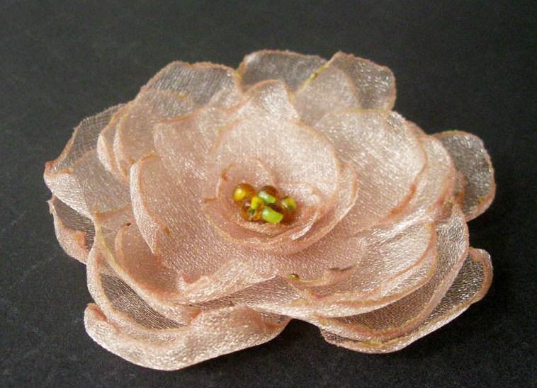 Цветы брошь из органзы своими руками