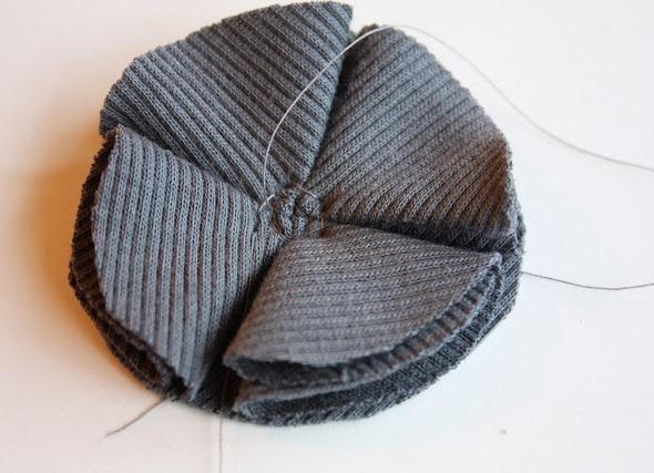 Что можно сделать из старой шапки своими