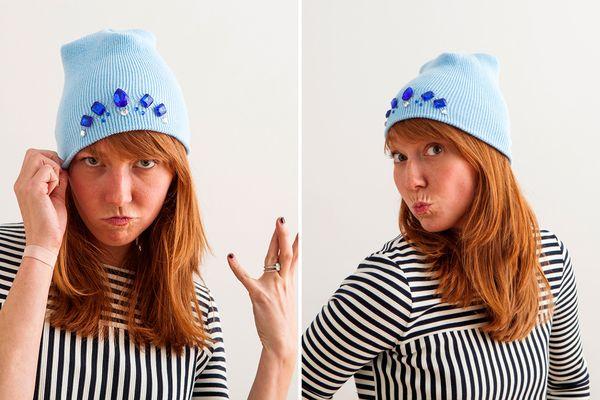 Украшение на шапку