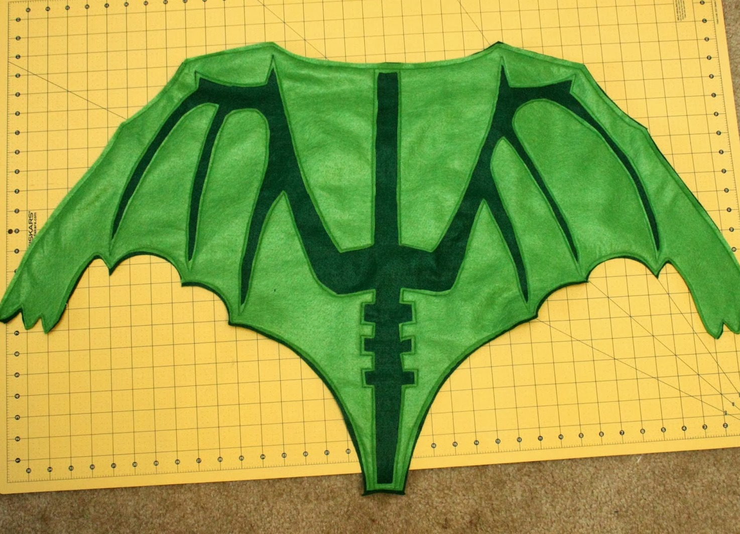 Как сделать крылья для костюма дракона