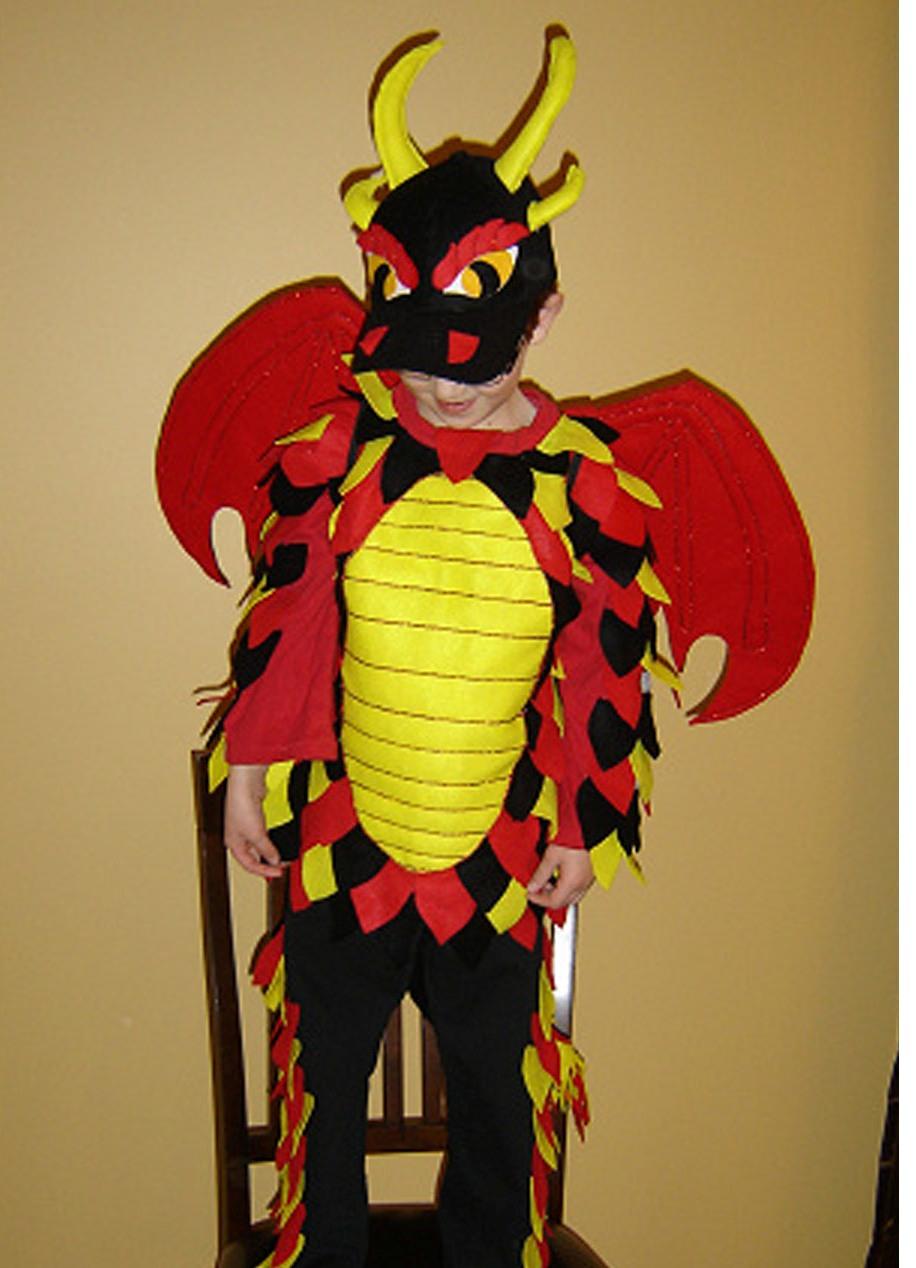 Как сшит костюм дракона