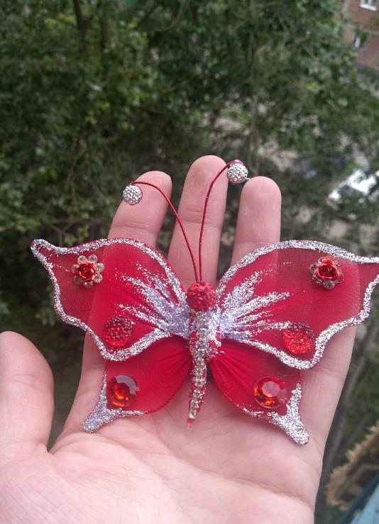 Бабочку из капрона сделать своими руками