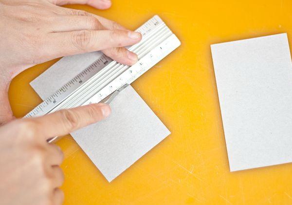 Как сделать часы из картона своими руками