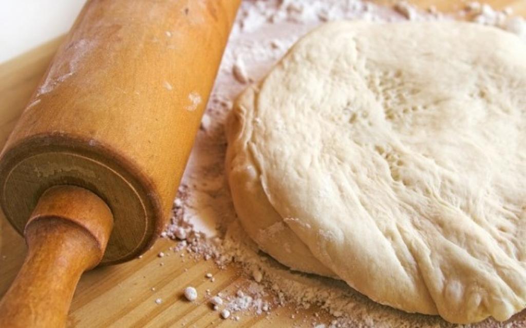 приготовление пиццы простой рецепт без дрожжей