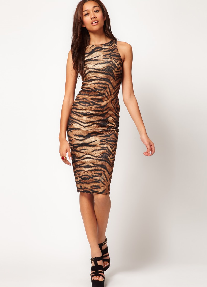 Коктейльное платье с леопардовым принтом 2015 фото