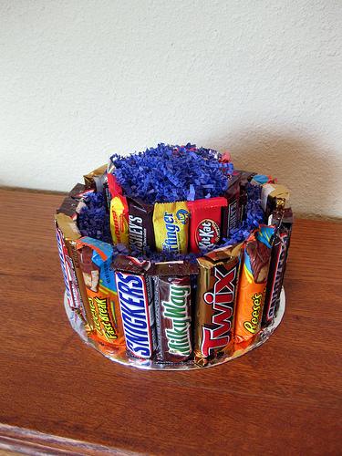 Торт из конфет из киндер и конфет своими руками фото 737