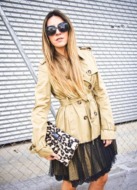 Модные тренчи: как правильно носить