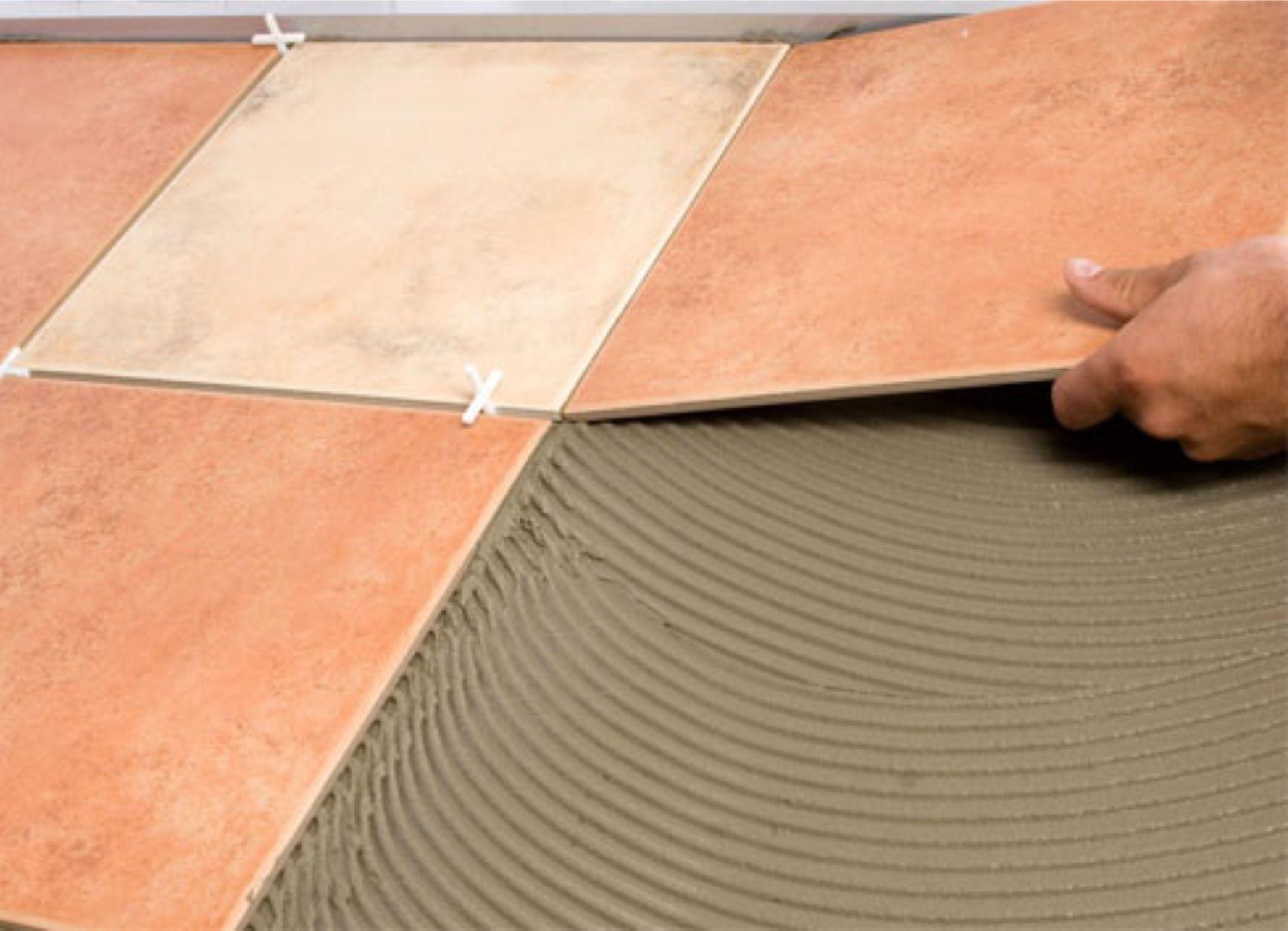 Как положить кафельную плитку на пол своими руками
