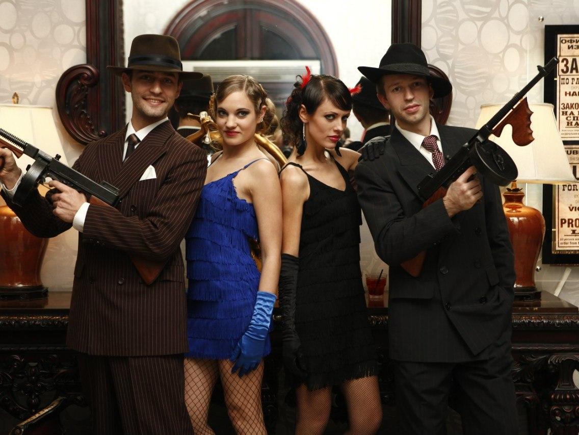 Костюм девушки на гангстерскую вечеринку