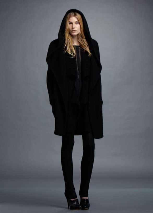 Зимняя верхняя женская одежда