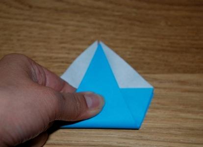 Как сделать лилию из бумаги 10