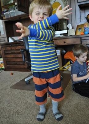 как сшить шорты мальчику фото 8
