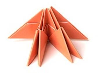 поделки из треугольных модулей фото 12