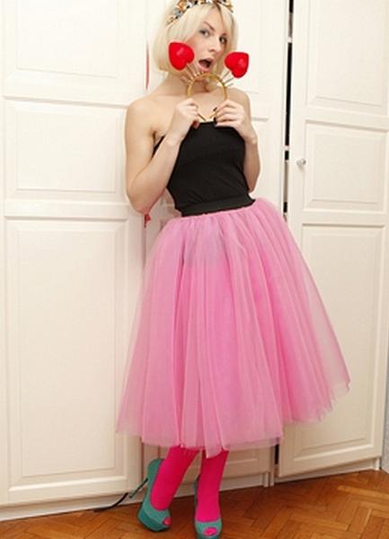 Розовая юбка на резинке