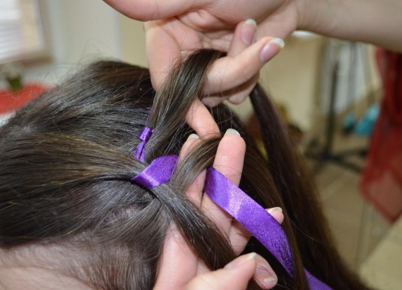 Как сделать косу с ленточкой