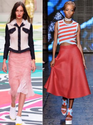 Не обделили вниманием модельеры и любительниц практичной женской одежды, ведь мода 2015 года возводит на пьедестал джинсы, брюки и креативные женские