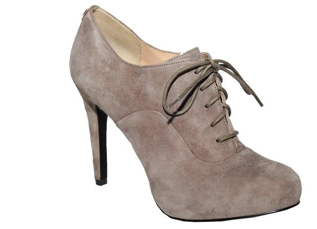 Летняя обувь со шнуровкой