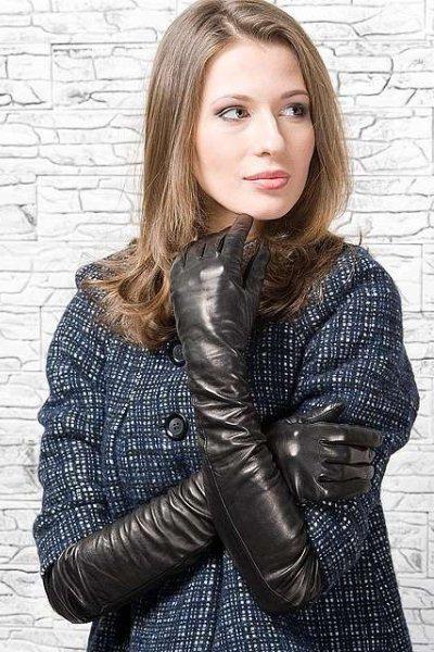 Лучшие фото девушек в кожаных перчатках фото 145-292