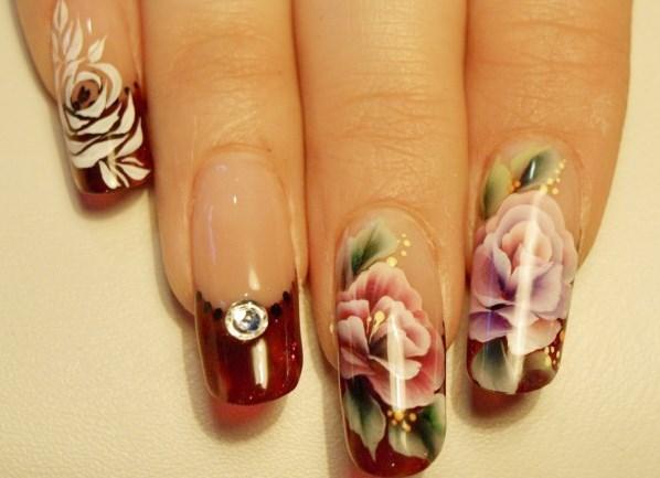 жостовская роспись на ногтях фото