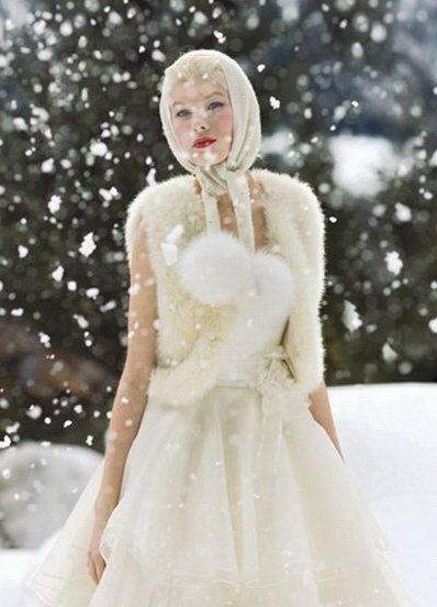 Блог для самых красивых и гламурных! Какие же свадебные платья предлагают зимним невестам