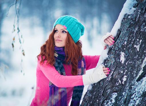 Девушки в лесу зимой фото 618-943