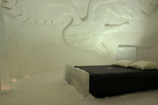 Снежный отель в Лапландии