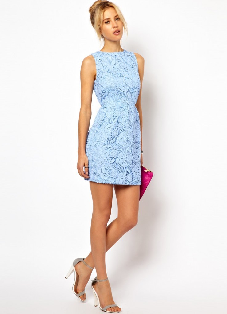 фото девушки в летних платьях