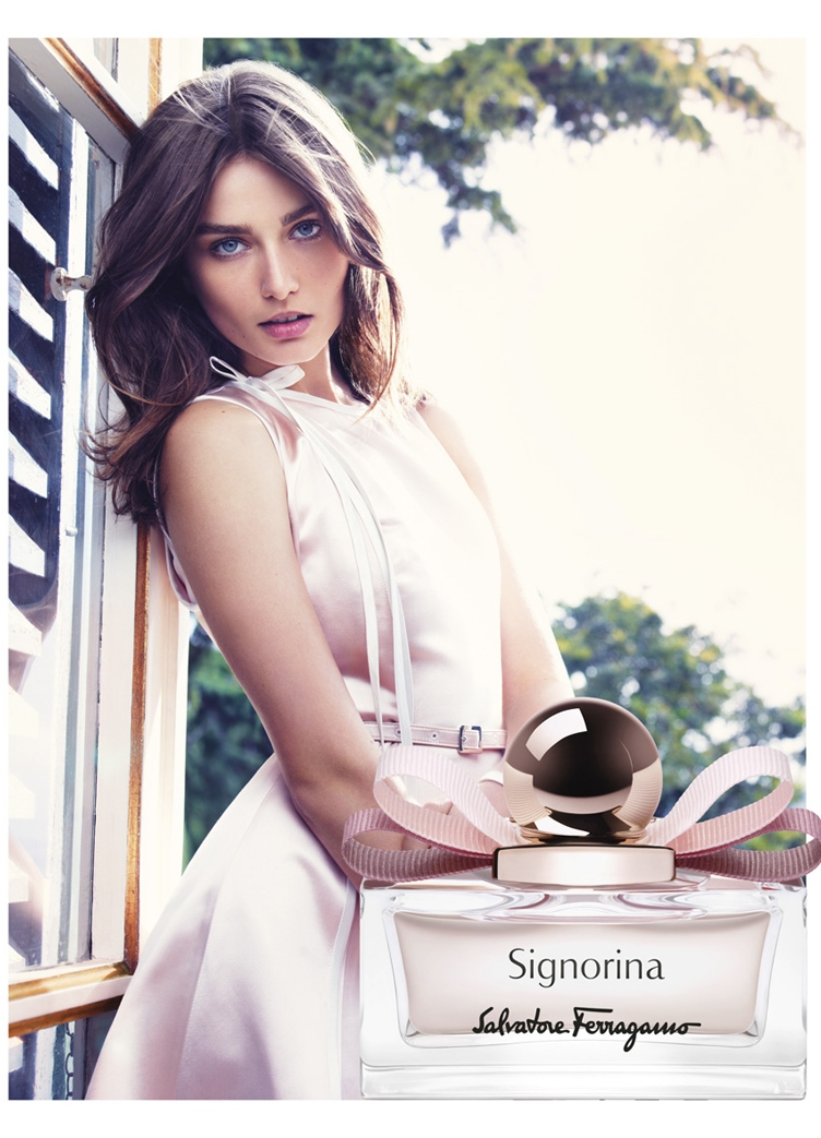 Реклама парфюма фото