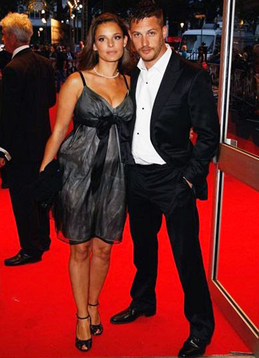 Том Харди и его жена адам сэндлер