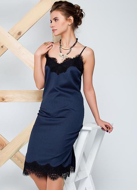3b365aa4b09 Платье-комбинация с кружевом