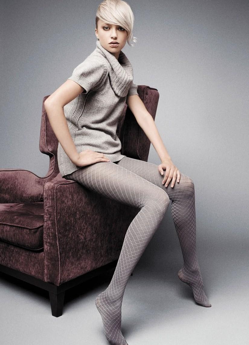 Смотреть Колготки — важное дополнение модного образа видео