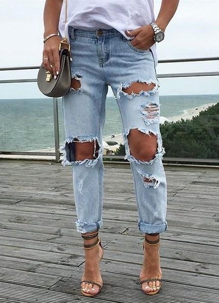 Рваные джинсы – носи везде с футболками  Макс-Экстрим