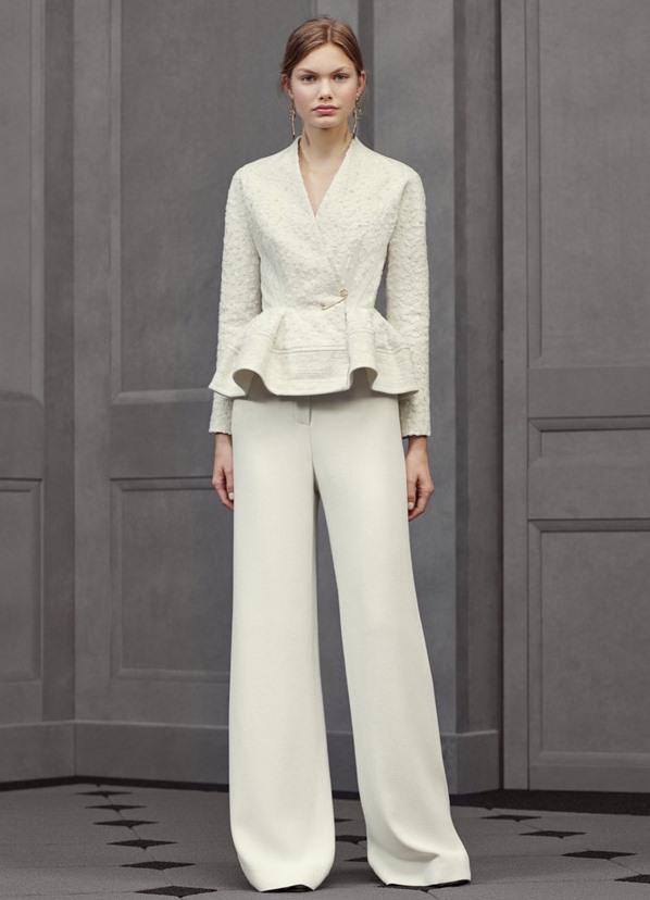 6be4249e498 ... женский белый брючный костюм 2 ...