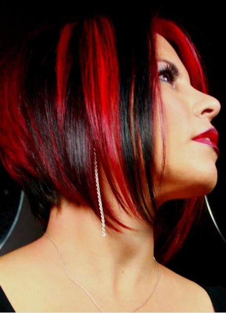 Как на черные волосы сделать красные пряди на 851