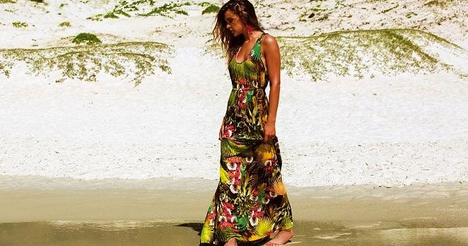 33762d35d7acb6b Красивые модные пляжные платья – длинные и мини, вязаные и из шифона ...