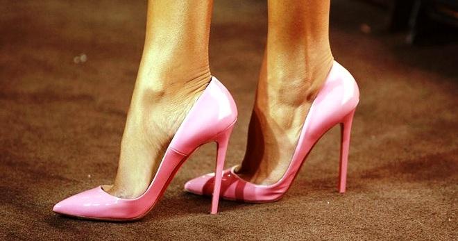 Модные женские розовые туфли – лаковые, замшевые, лодочки, на ... 333114b2942