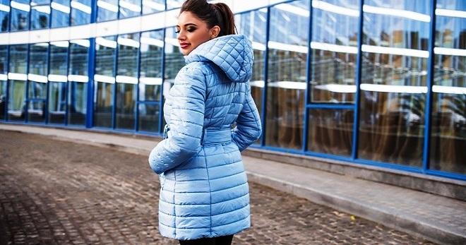 Женская зимняя куртка с капюшоном – с чем носить и как создавать стильные образы?