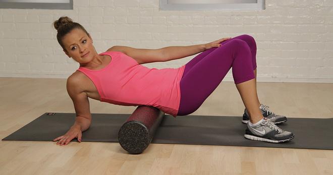 Массажный валик для спины – применение, упражнения, фитнес, как сделать из полотенца валик под спину для позвоночника?