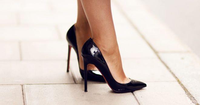 Черные лодочки – подборка фото модных образов с черными туфлями-лодочками