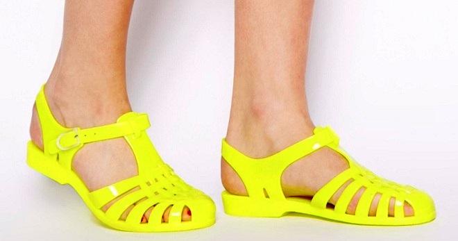 7a4166c34 Женские резиновые босоножки – силиконовые, на каблуке, платформе ...
