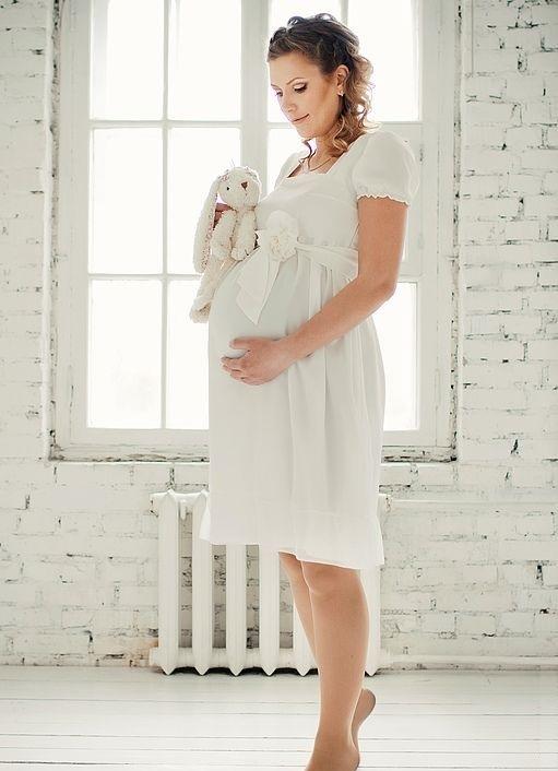 Фасоны платьев для беременных на лето c1d85111d54
