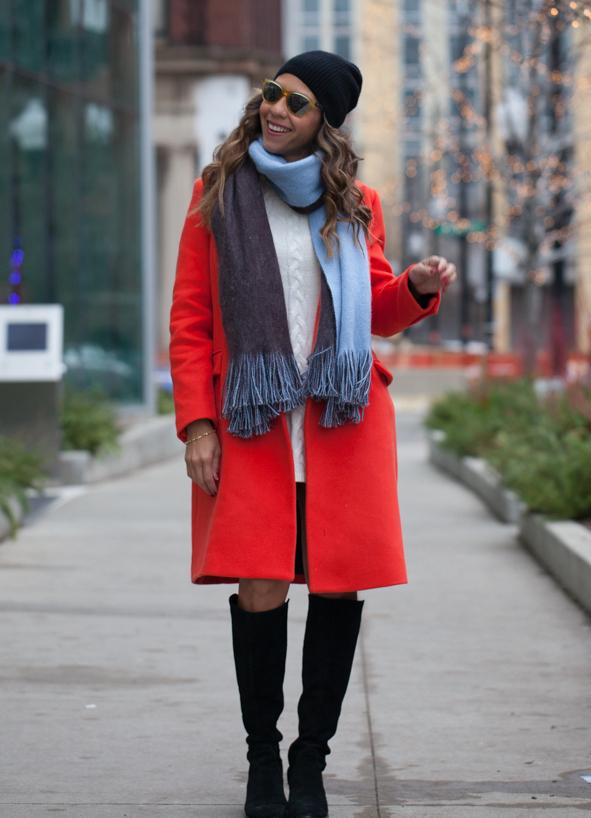 практически шарф к красному пальто фото стороне челюсти