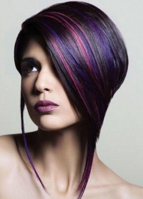 Цветные пряди в волосах коротких фото