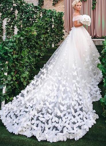 39f3000471d ... Свадебное платье с бабочками 5 ...