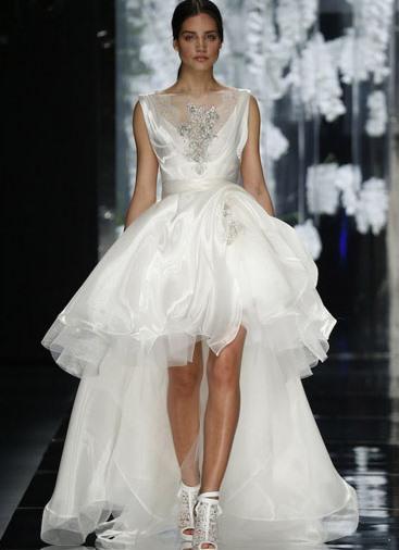 5639612f5432506 свадебное платье спереди короткое сзади длинное 1 ...
